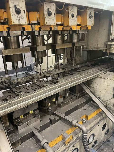 Plunger moulding press ERFURT PTRZSST 210-11-280 photo on Industry-Pilot