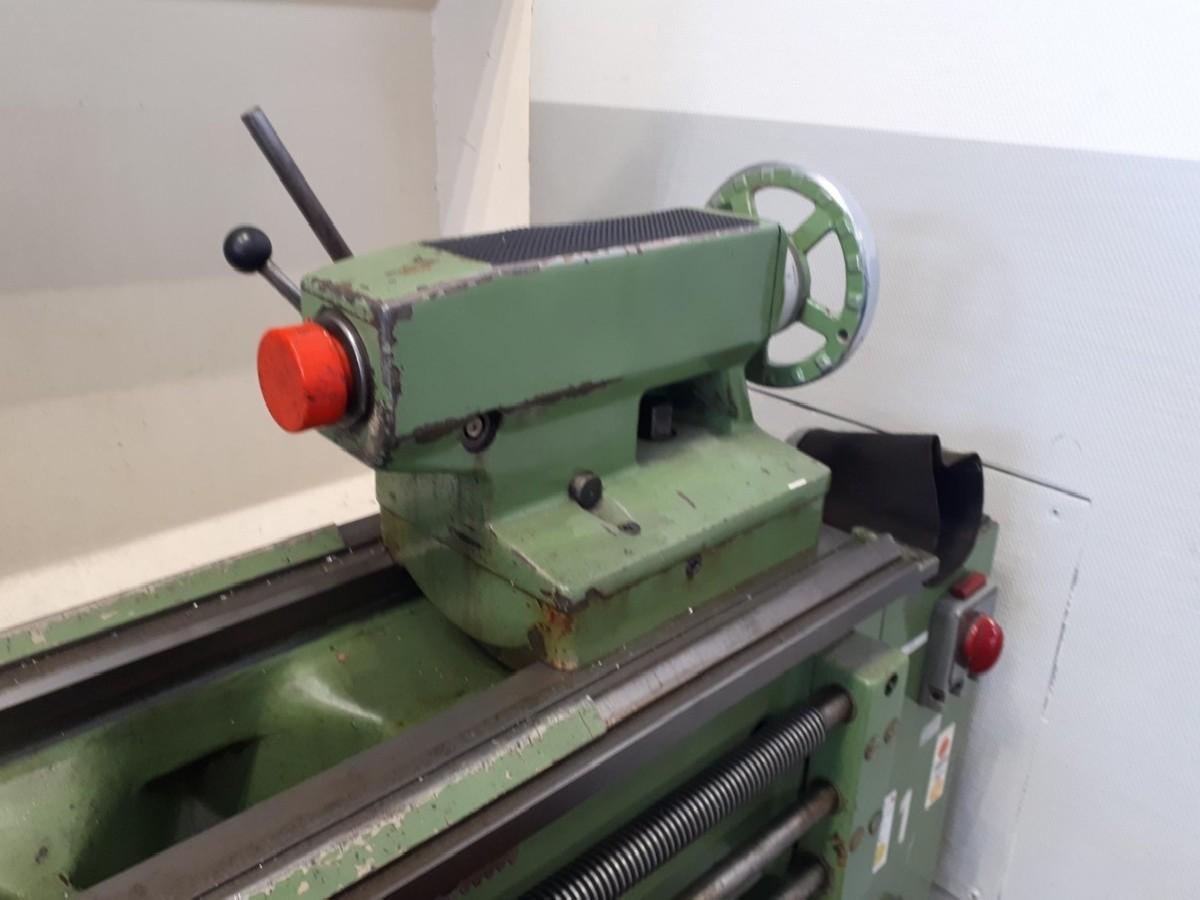 Screw-cutting lathe BOEHRINGER-OERLIKON D 420 photo on Industry-Pilot