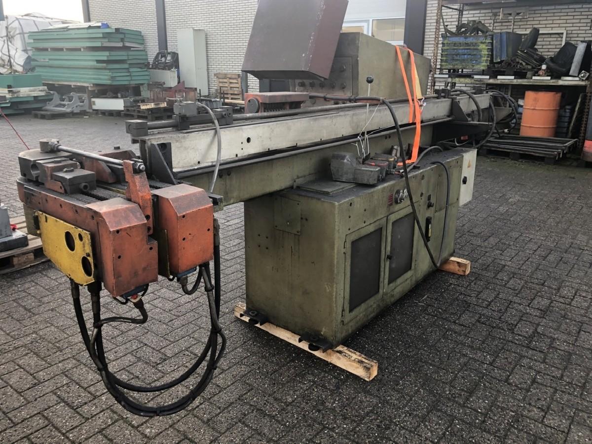 Pipe-Bending Machine PEDRAZZOLI 42 photo on Industry-Pilot