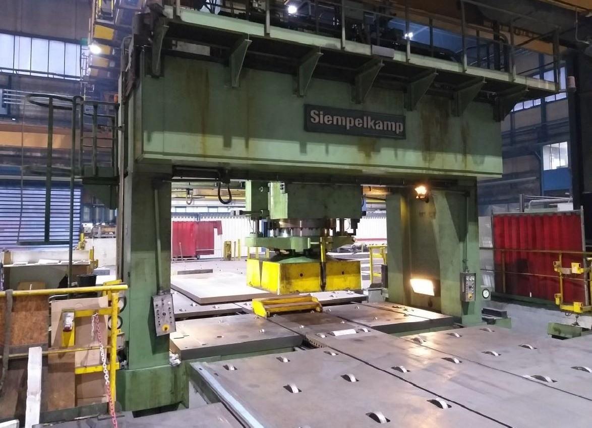 Рихтовочный пресс - двухстоечный SIEMPELKAMP  фото на Industry-Pilot