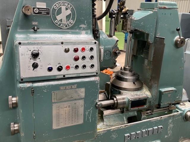 Зубофрезерный станок обкатного типа - вертик. PFAUTER P 251 фото на Industry-Pilot