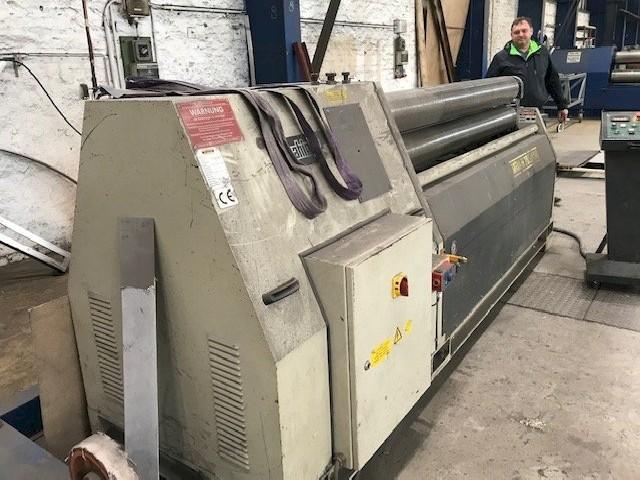Обрабатывающий центр листового металла SAHINLER MRM-H 2050 190 фото на Industry-Pilot