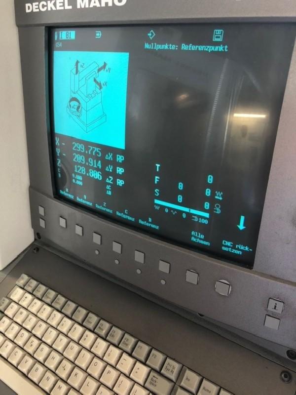 Обрабатывающий центр - вертикальный DECKEL-MAHO DMU 50 T фото на Industry-Pilot