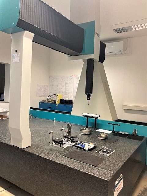 Координатно-измерительная машина WENZEL LH 1512 фото на Industry-Pilot