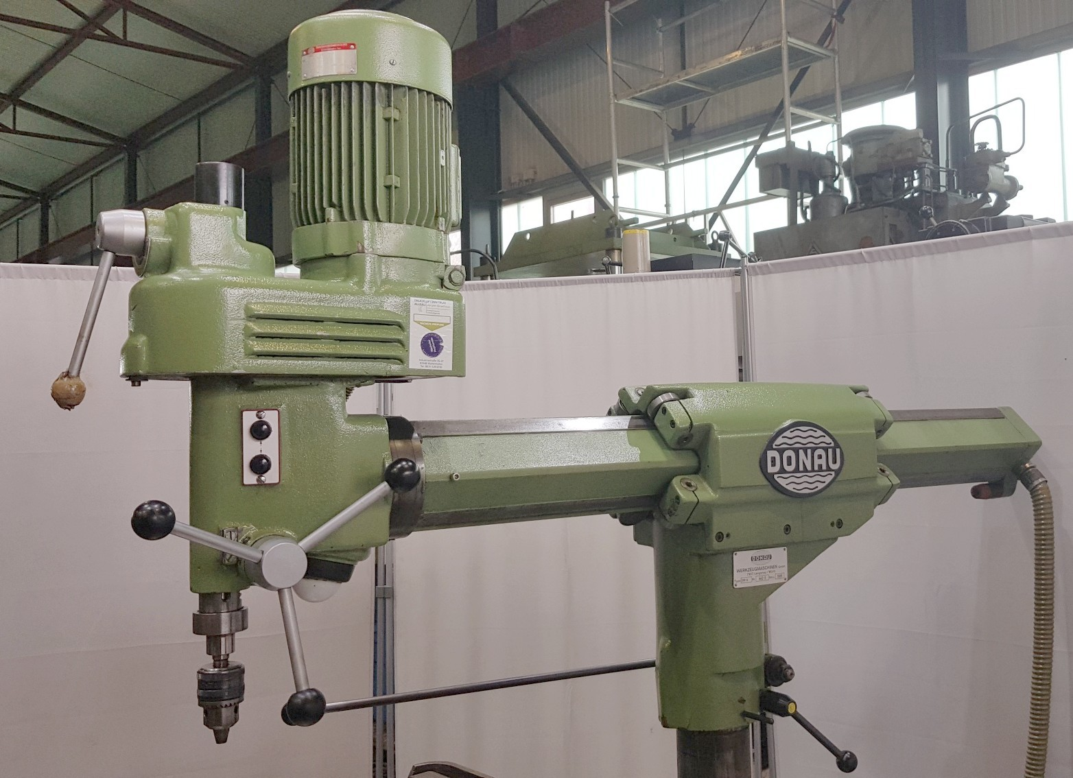 Скоростной радиально-сверлильный станок DONAU DR 13 фото на Industry-Pilot