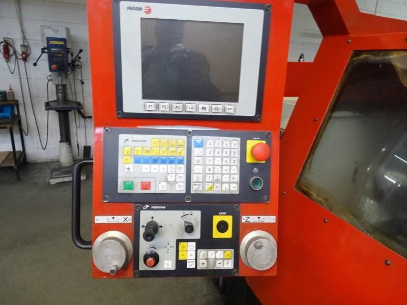 Токарный станок - контрол. цикл EMCO MAT-E200 фото на Industry-Pilot