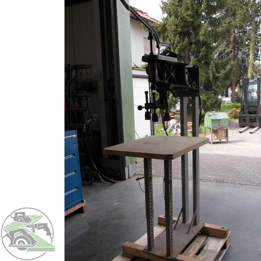 Автомат высверливания и заделывания сучков Elu Astlochbohrmaschine фото на Industry-Pilot