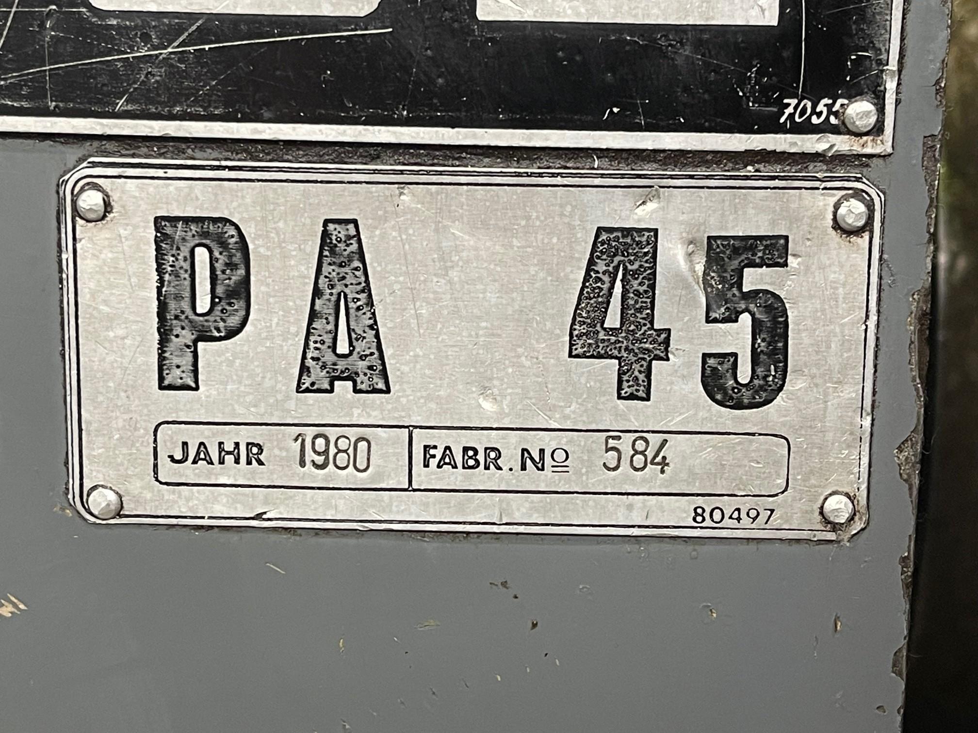 Токарный станок с ручным управлением POTISJE PA 45 фото на Industry-Pilot