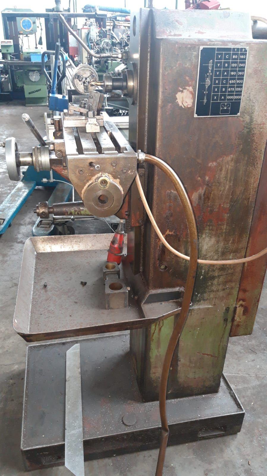 Фрезерный станок с ручным управлением KOVOPOL FHP 17 C фото на Industry-Pilot