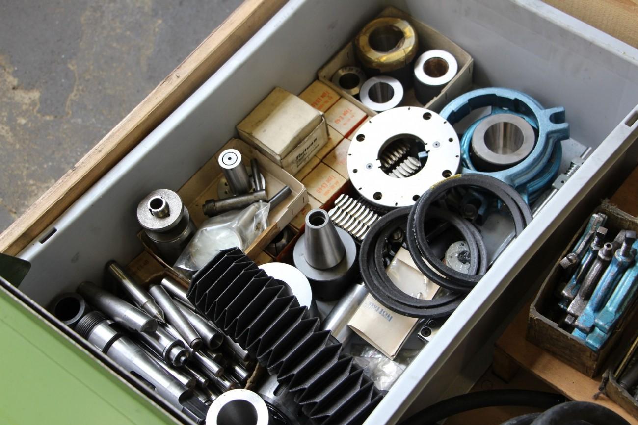 Круглошлифовальный станок - универс. TACCHELLA 612 UA фото на Industry-Pilot