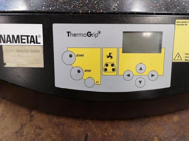Устройство для предварительной настройки и измерения инструмента KENNAMETAL ISG 3200 фото на Industry-Pilot