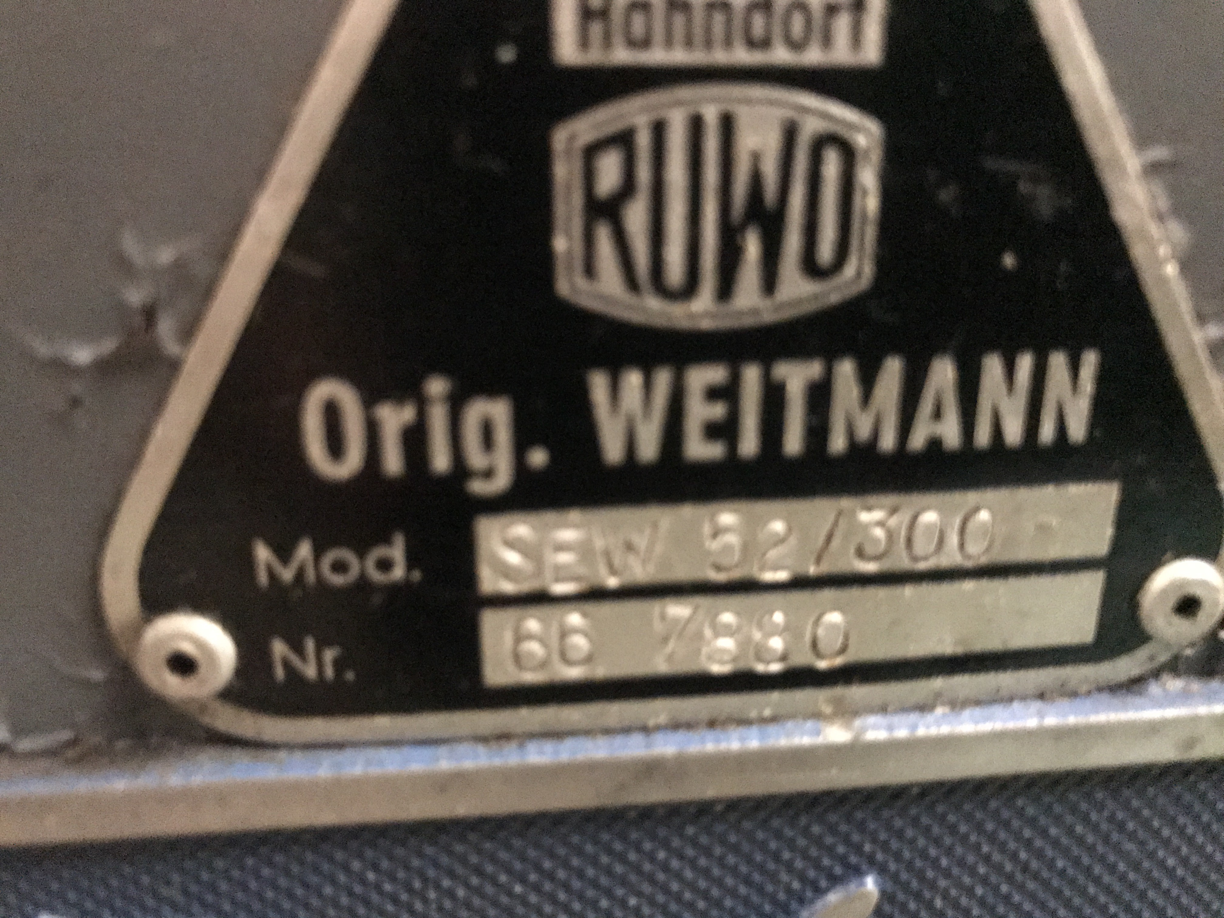 Шпоночно-долбёжный станок RUWO-HAHNDORF SEW 52/300 SEW 52/300 фото на Industry-Pilot