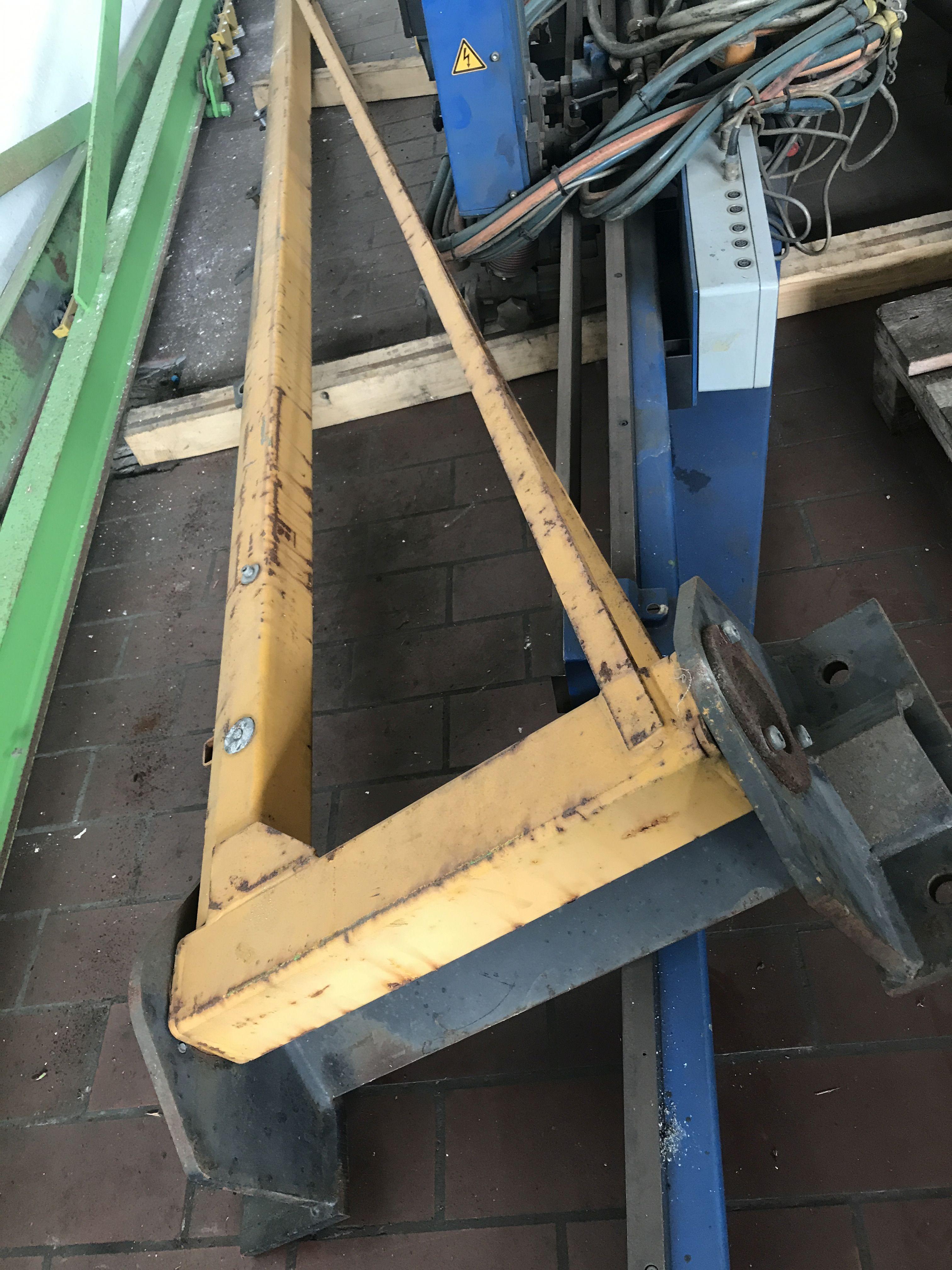 Поворотный кран на колонне DEMAG mit Wandkonsole фото на Industry-Pilot