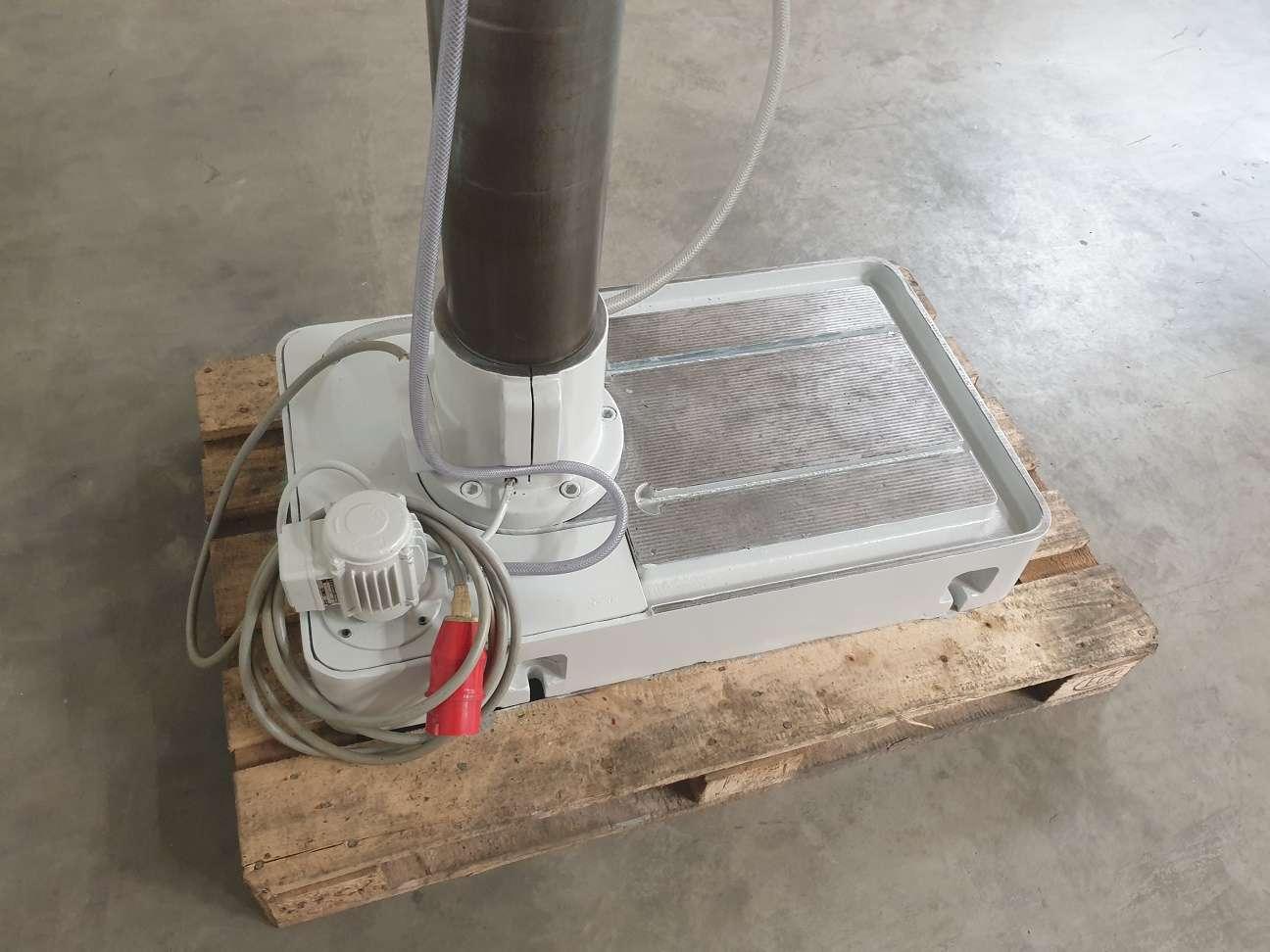Сверлильный станок со стойками Gillardon GB 40 VE фото на Industry-Pilot