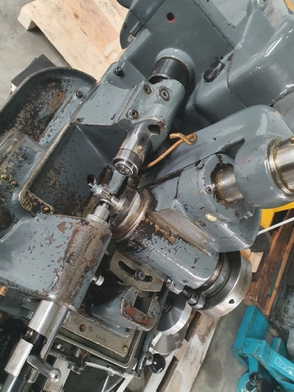 Зубофрезерный станок обкатного типа - гориз. LAMBERT 75 фото на Industry-Pilot