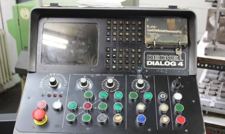 Фрезерный станок - универсальный DECKEL FP 3 NC schwenkbarem Fräskopf фото на Industry-Pilot