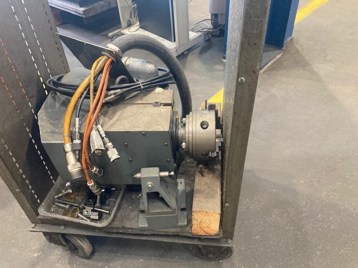 Инструментальный фрезерный станок - универс. MAHO MH 1000 E Universal фото на Industry-Pilot