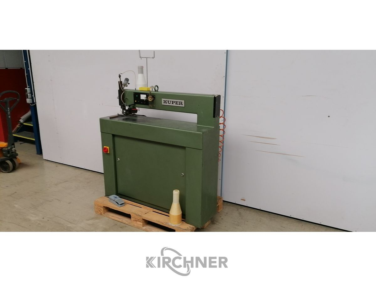 Ребросклеив. станок для шпона Furnierzusammensetzmaschine Kuper FW J 900 RW J 900 фото на Industry-Pilot