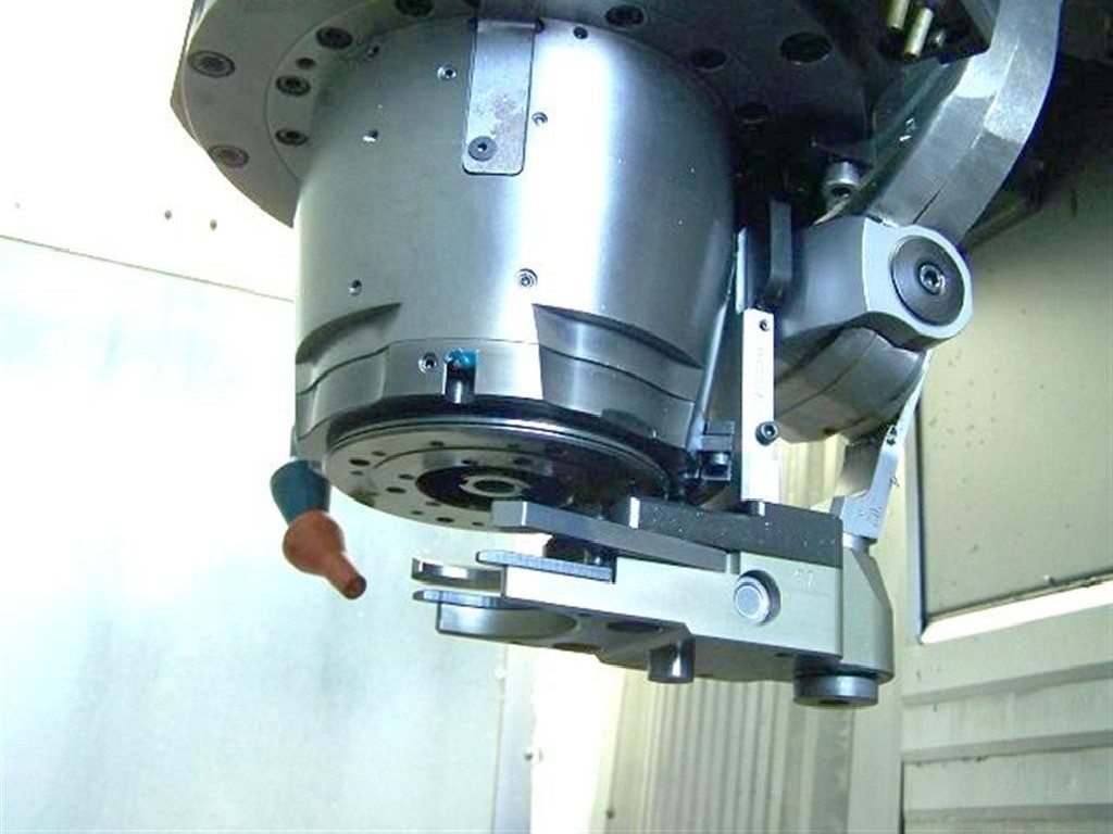 Обрабатывающий центр - вертикальный DECKEL MAHO DMG DMP 60V linear фото на Industry-Pilot