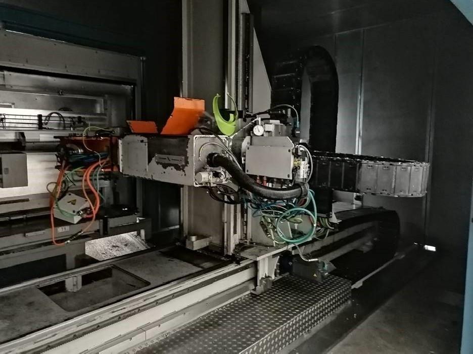 Обрабатывающий центр - универсальный MAKA DC 7 D фото на Industry-Pilot