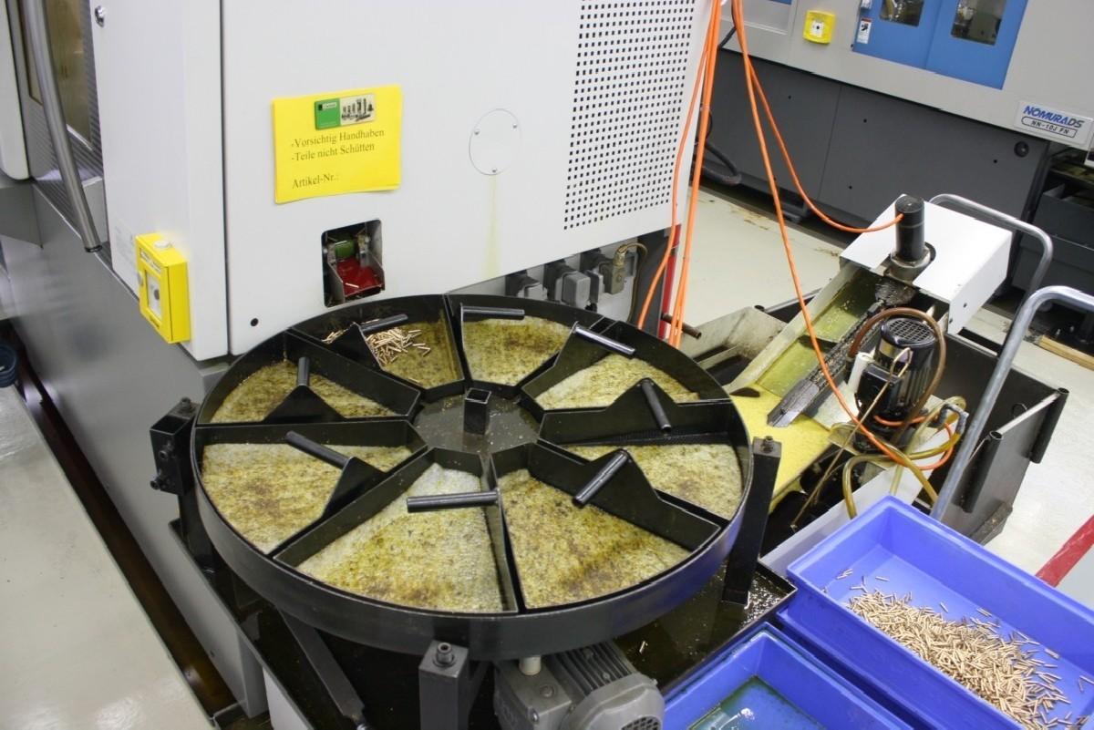 Прутковый токарный автомат продольного точения Gildemeister Speed 12/5 Linear фото на Industry-Pilot
