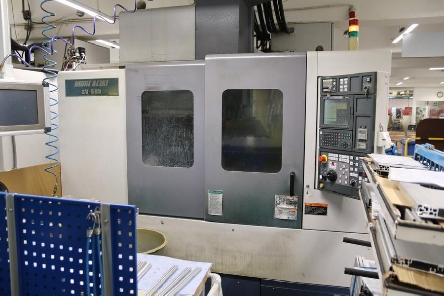 Обрабатывающий центр - вертикальный MORI SEIKI SV 503B / 40 фото на Industry-Pilot