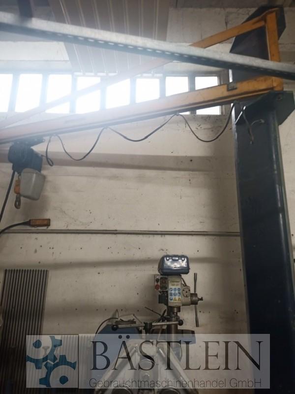 Поворотный кран на колонне DEMAG Kran фото на Industry-Pilot