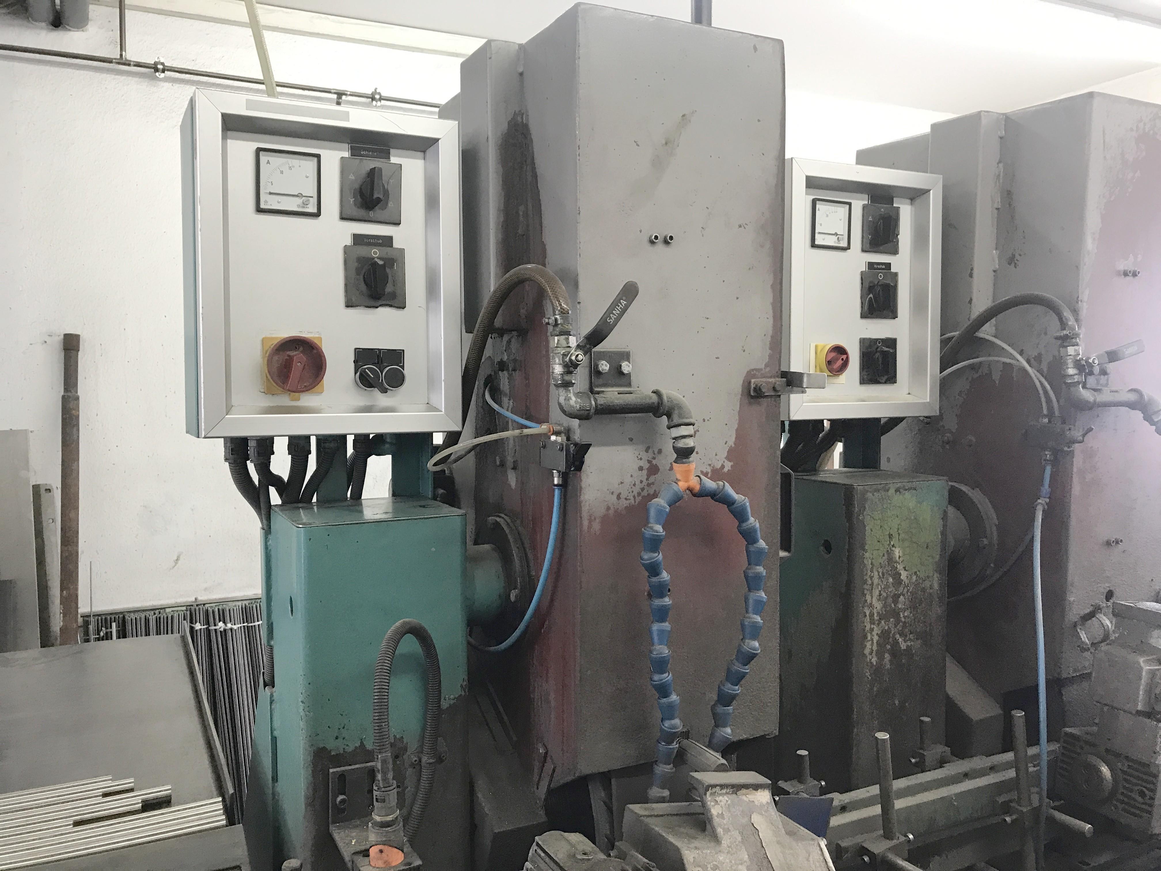 Круглошлифовальный станок бесцентровой LÖSER RPS 374 фото на Industry-Pilot