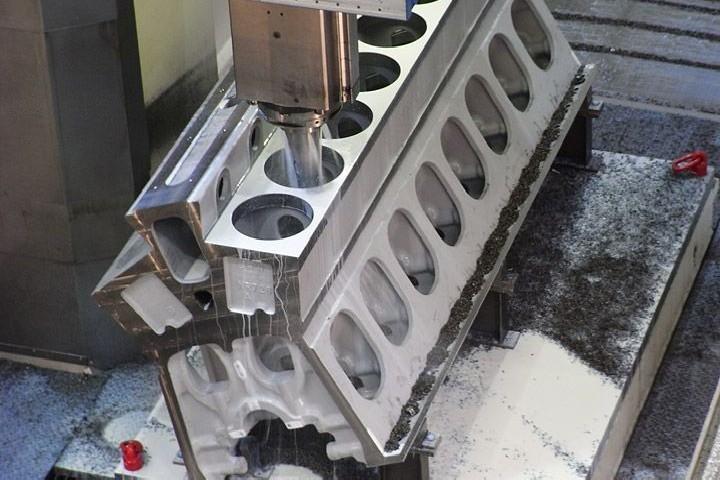 Портальный фрезерный станок WALDRICH-COBURG MULTITEC 2500 AP фото на Industry-Pilot