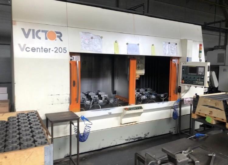 Обрабатывающий центр - вертикальный VICTOR VCENTER 205 фото на Industry-Pilot