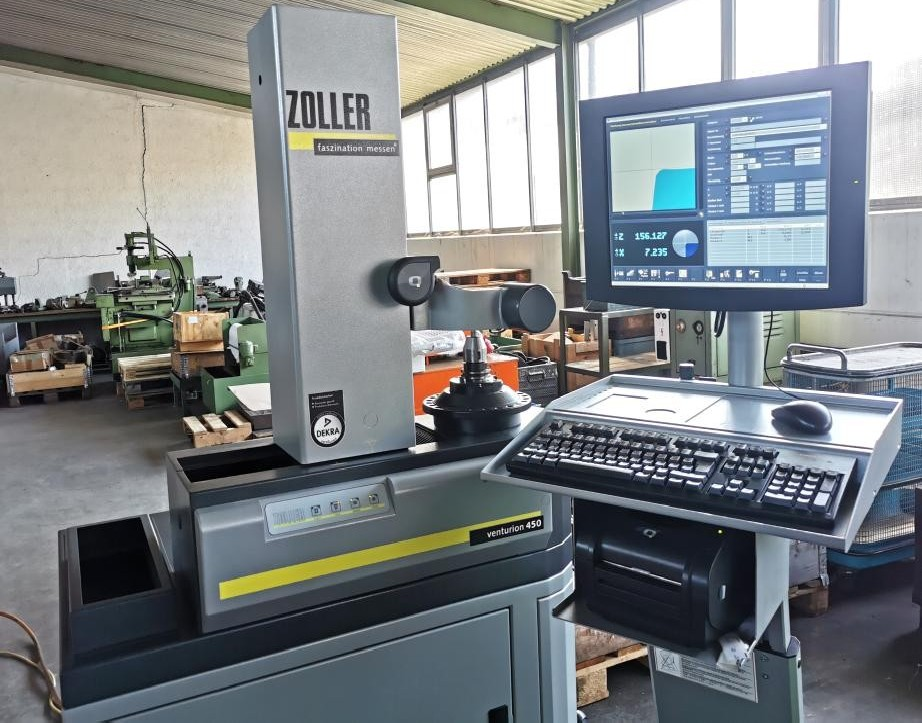 Устройство для предварительной настройки и измерения инструмента ZOLLER VENTURION 450 фото на Industry-Pilot