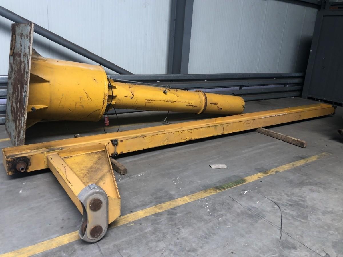 Поворотный кран на колонне ABUS VS 1 ton фото на Industry-Pilot