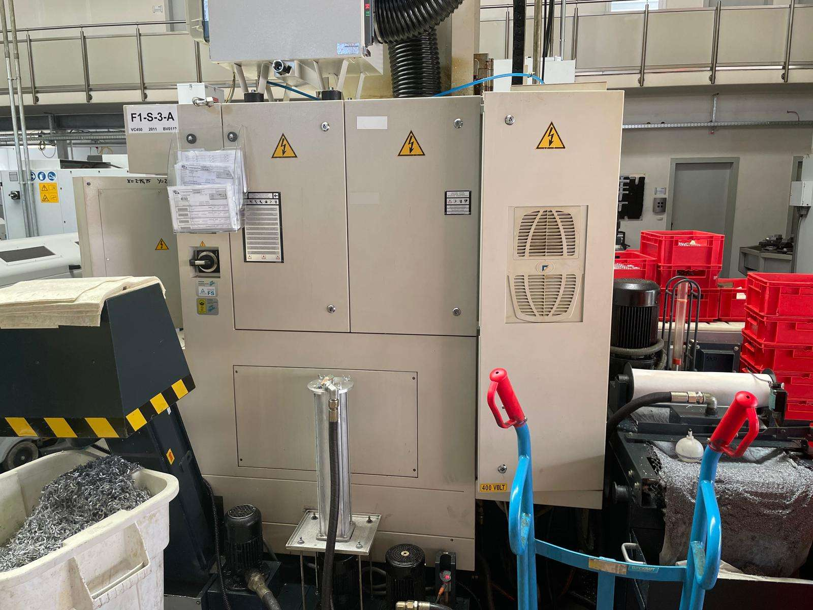 Machining Center - Vertical Spinner VC 450 photo on Industry-Pilot