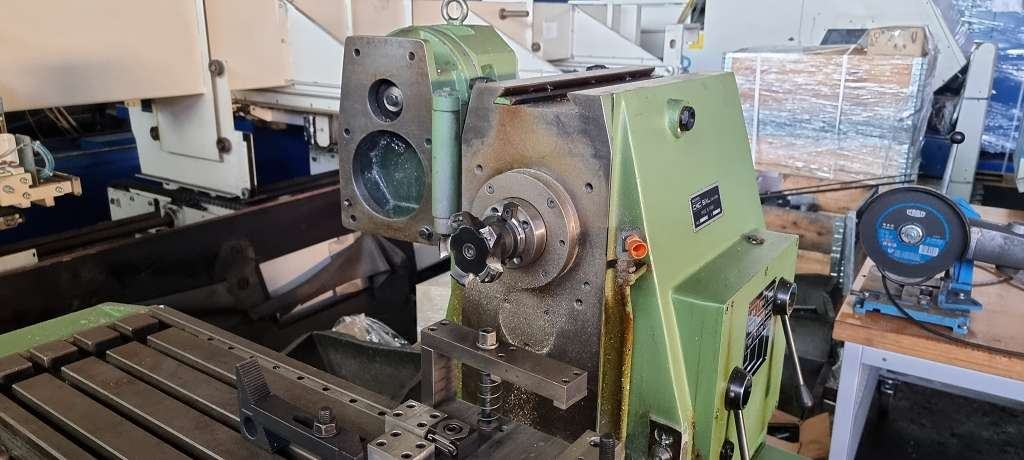 Milling Machine - Universal CME FU 1 E photo on Industry-Pilot