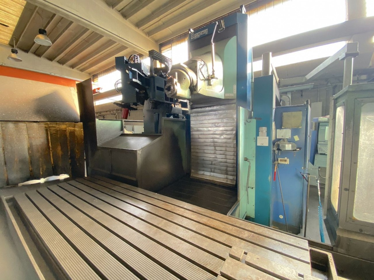 Продольно-фрезерный станок - универсальный SACHMAN T314 GP фото на Industry-Pilot