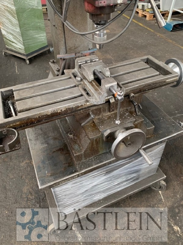 Milling and boring machine OPTIMUM BF 46 Vario photo on Industry-Pilot