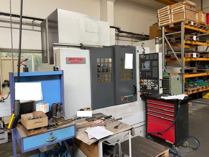 Обрабатывающий центр - вертикальный MORI SEIKI NV 5000 фото на Industry-Pilot