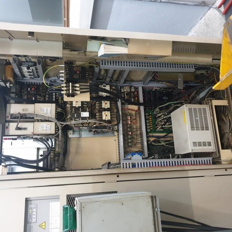 Обрабатывающий центр - вертикальный HITACHI SEIKI VK 45 II фото на Industry-Pilot