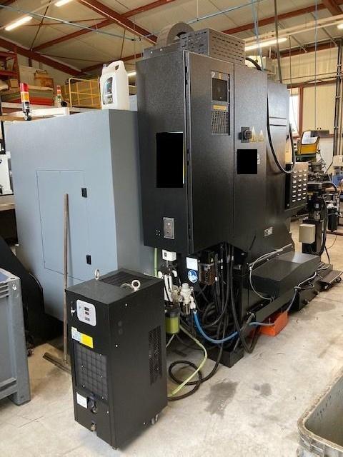 Обрабатывающий центр - вертикальный HURCO VM 30i Plus фото на Industry-Pilot