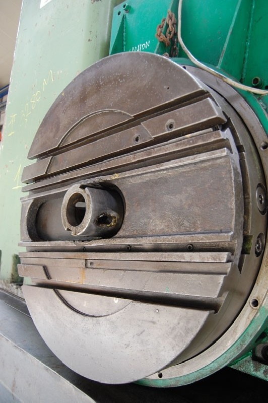 Горизонтальный расточный станок с неподвижной плитой UNION BFP 125-1 фото на Industry-Pilot