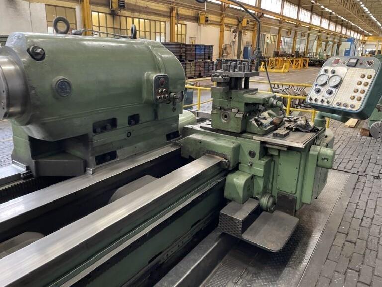 Тяжёлый токарный станок SKODA SUI 126 x 18000 фото на Industry-Pilot