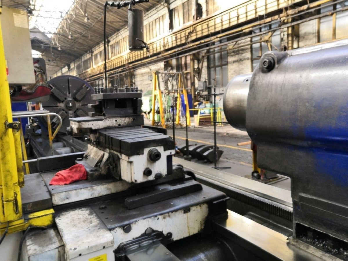 Тяжёлый токарный станок SKODA SIU 160 x 12000 фото на Industry-Pilot