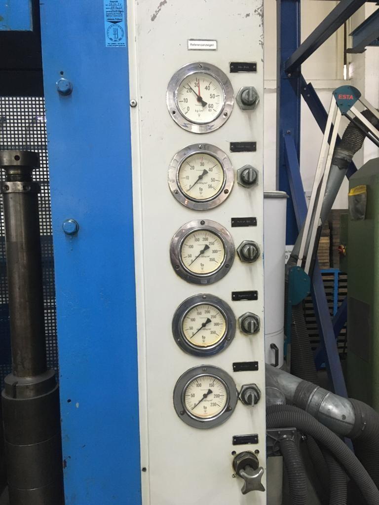 Гидравлический пресс BUSSMANN München HPM 200 S  Vickerspumpe Teil G20 фото на Industry-Pilot