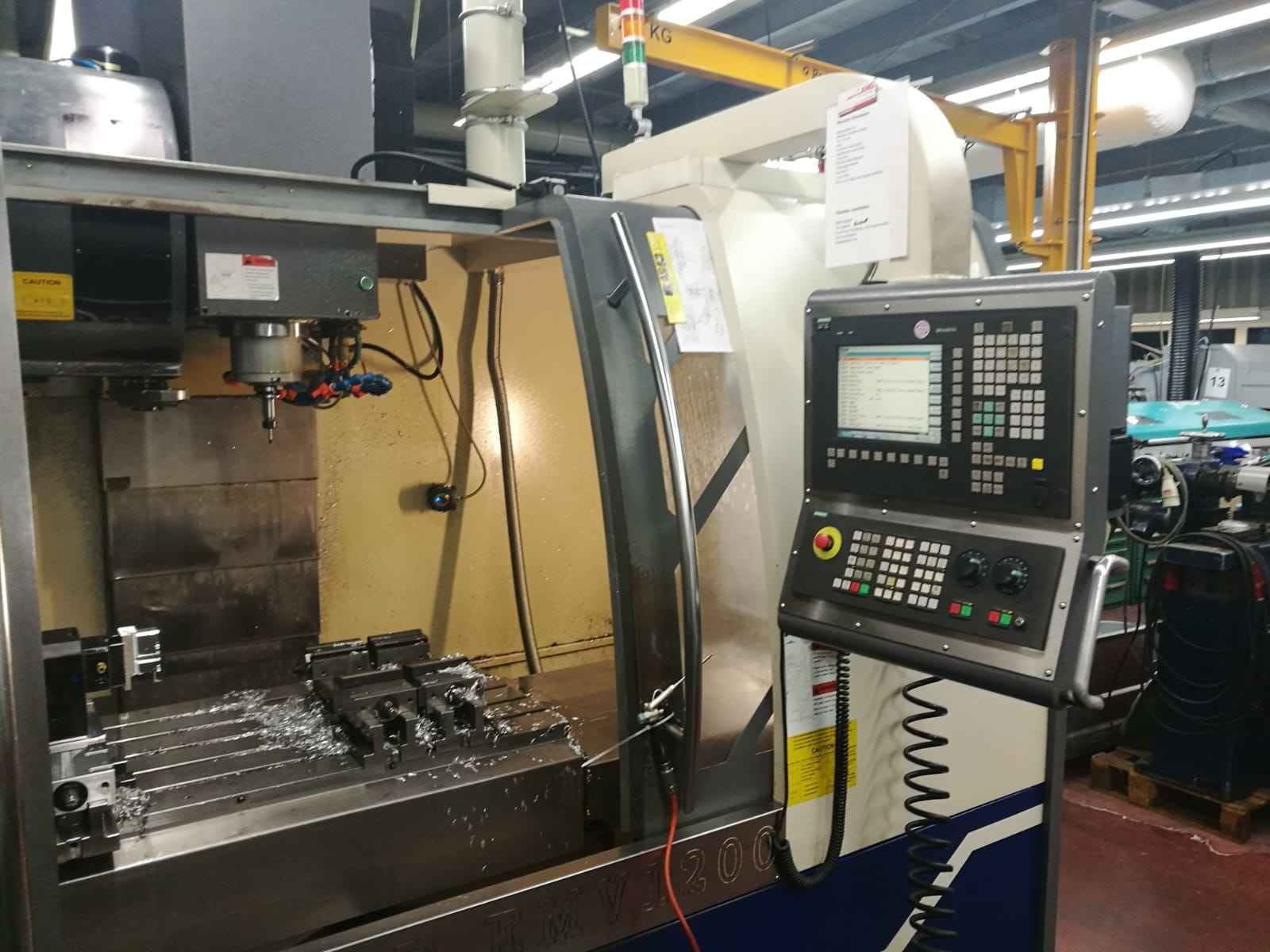 Machining Center - Vertical Equiptop EMV 1200 photo on Industry-Pilot