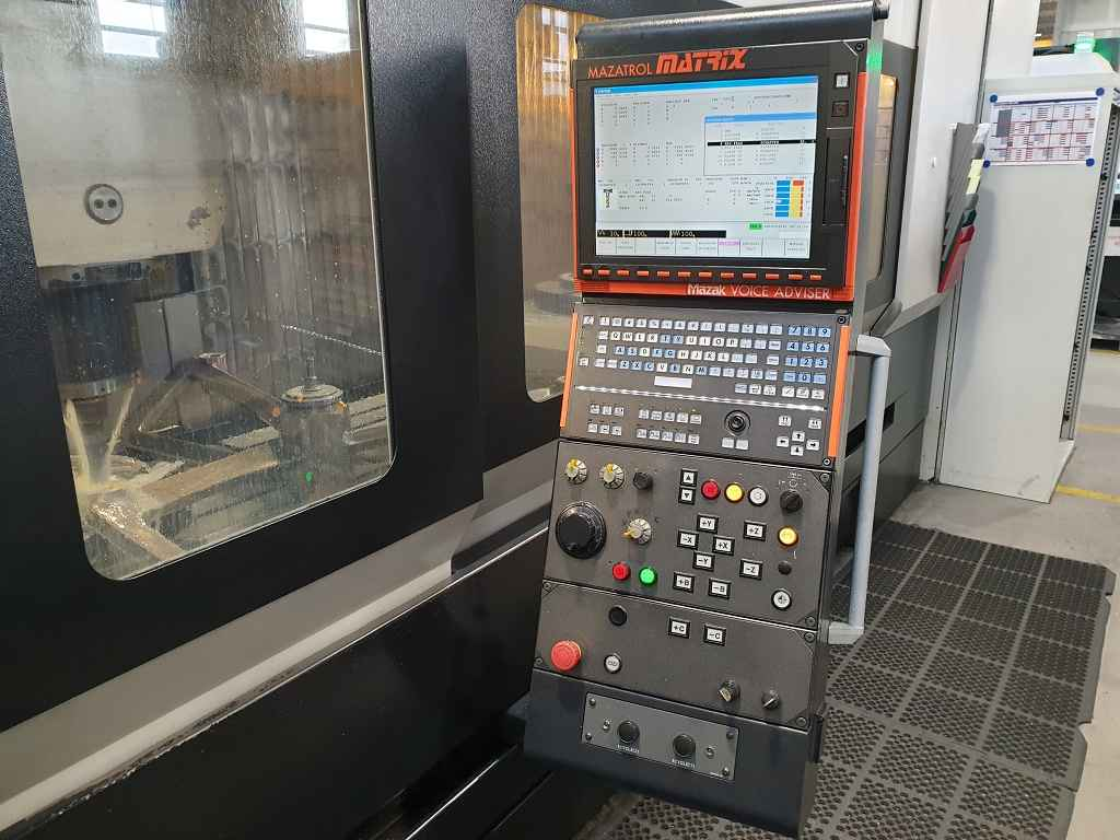 Machining Center - Universal Mazak VTC 800 30 SR photo on Industry-Pilot