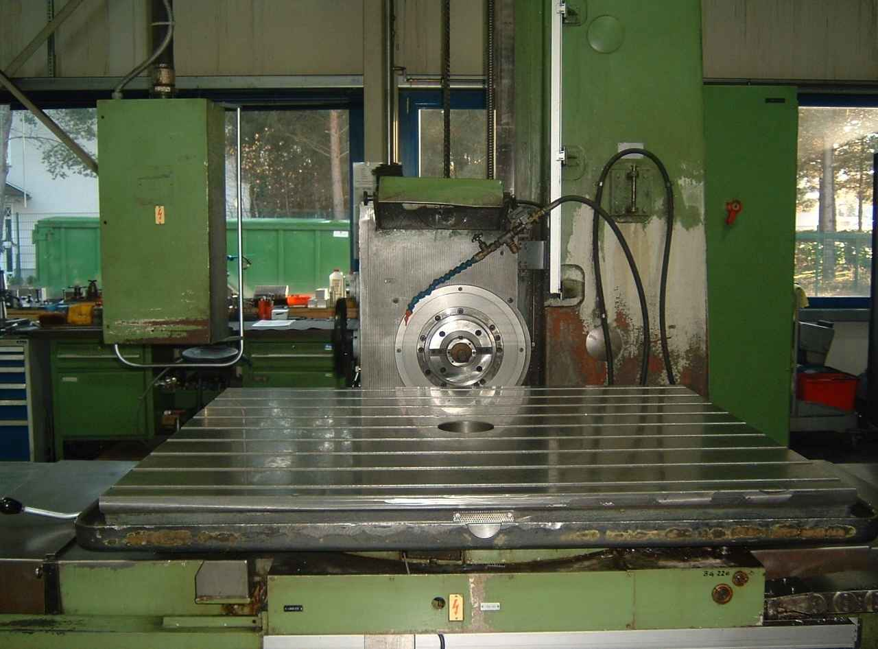 Horizontal Boring Machine UNION BFT 90-3 at photo on Industry-Pilot