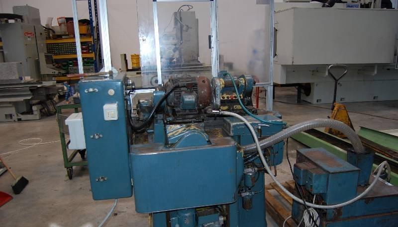 Cylindrical Grinding Machine (external surface grinding) JONES - SHIPMAN 1070 photo on Industry-Pilot