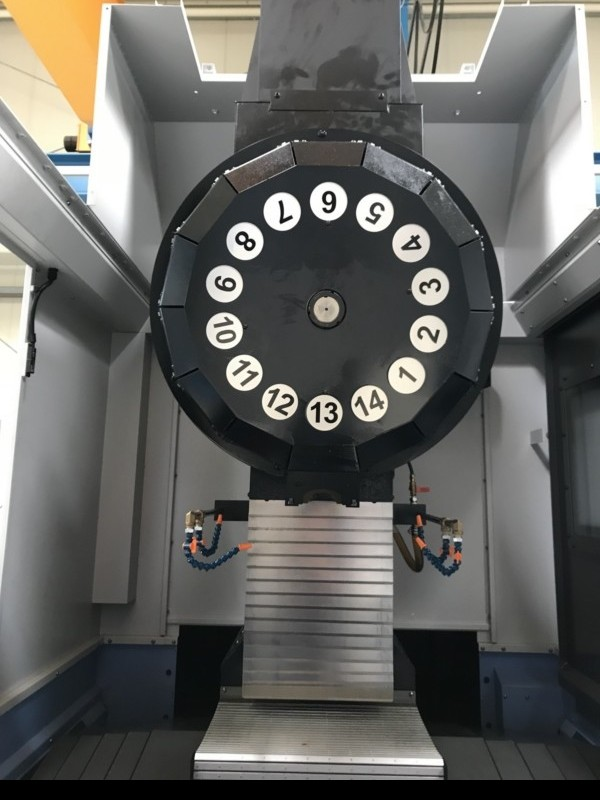 Обрабатывающий центр - вертикальный DOOSAN DT 360 D Heidenhain фото на Industry-Pilot