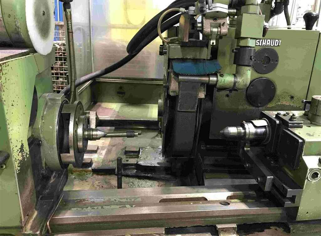 Cylindrical Grinding Machine - Universal SCHAUDT E 450 x 1000 photo on Industry-Pilot