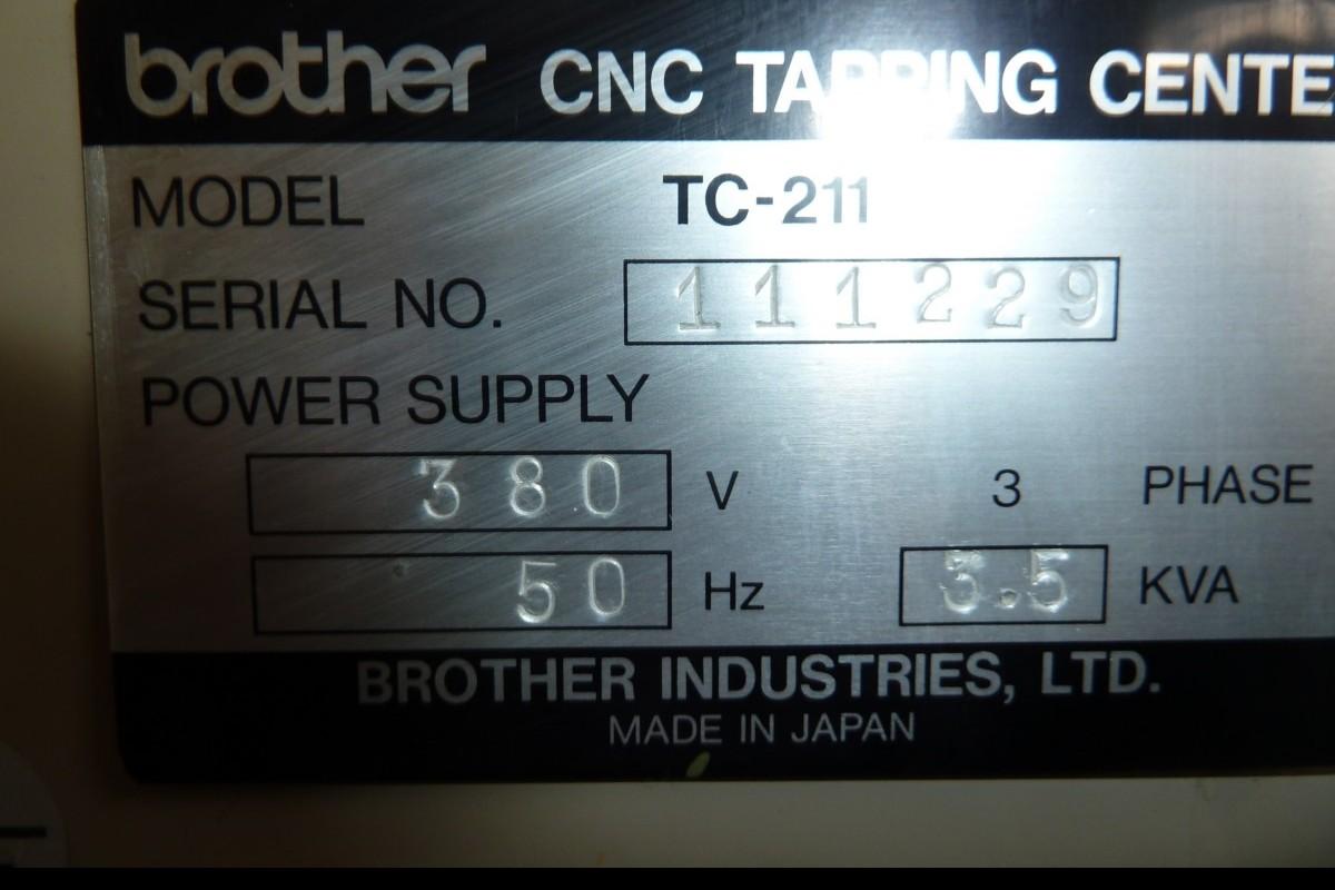 Обрабатывающий центр - вертикальный BROTHER TC 211 фото на Industry-Pilot